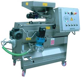 Oliomio Profy 120  self contained olive oil machine