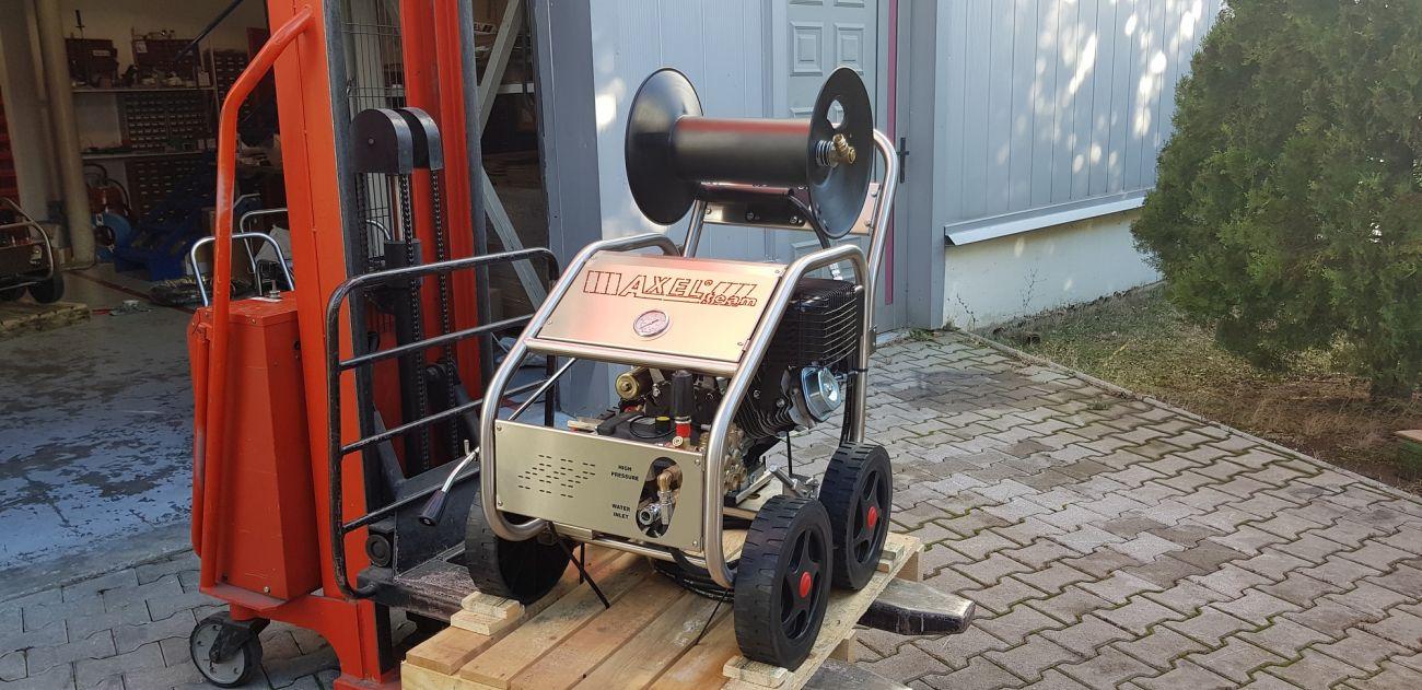 Πλυστική Μηχανή Κρύου Νερού υψηλής πίεσης με βενζινοκινητήρα 15hp 250bar 1020Lt/h made in italy