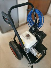 Βενζινοκίνητο πλυστικό μηχάνημα επαγγελματικής χρήσης Honda Gx200 με αντλία υψηλής πίεσης Annovi Reverberi 380 - RXV205 bar 13 lt/min  made in italy